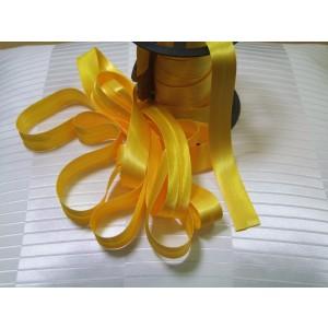 Šikmý prúžok saténový - Žltý 56A